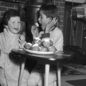 ФОТОГРАФИЯ 1958 ГОДА ИЗ НАЦИОНАЛЬНОГО АРХИВА НИДЕРЛАНДОВ. АВТОР ХЭРРИ ПОТ